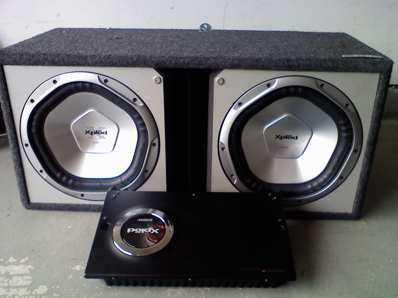 2 Sony Xplod Subs And 1200 Watt Amp 250 Obo